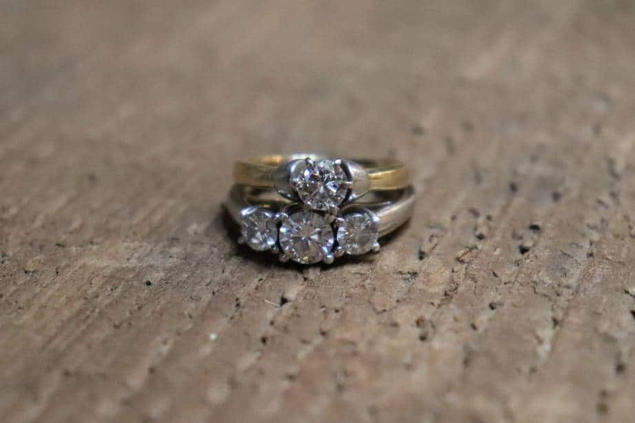 Moissanite and Diamond Look Almost Identical to Each Other