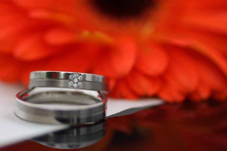 Platinum vs Gold Wedding Rings